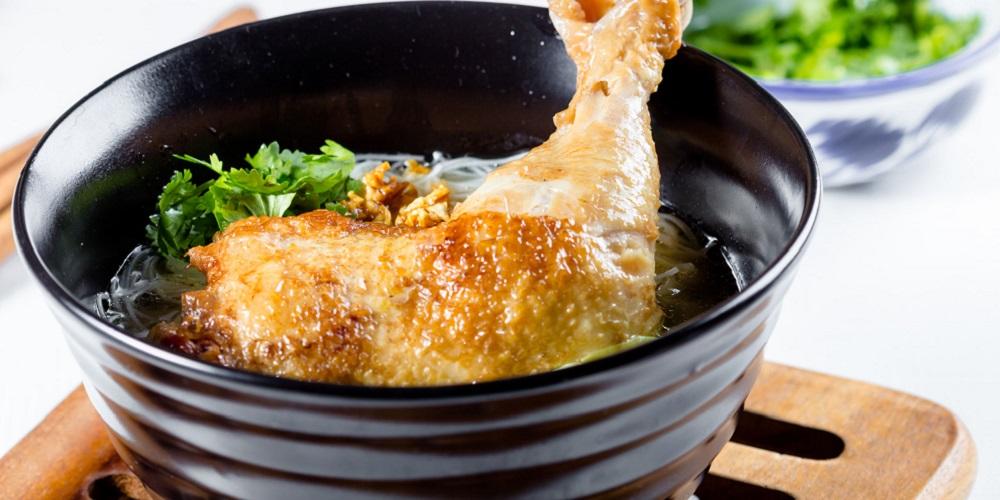 Sup ayam jahe cocok untuk menu sahur sehat