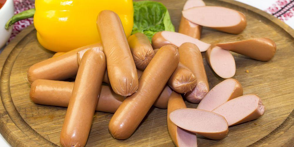 sosis termasuk makanan penyebab kanker usus