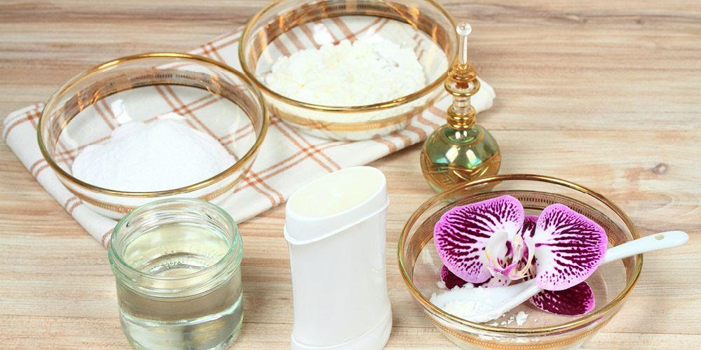 manfaat minyak kelapa untuk bibir bisa diperoleh dengan mudah