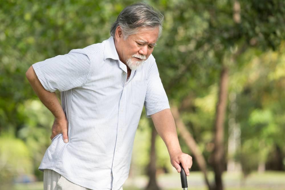 Radang sendi juga bisa jadi pemicu sakit punggung tengah