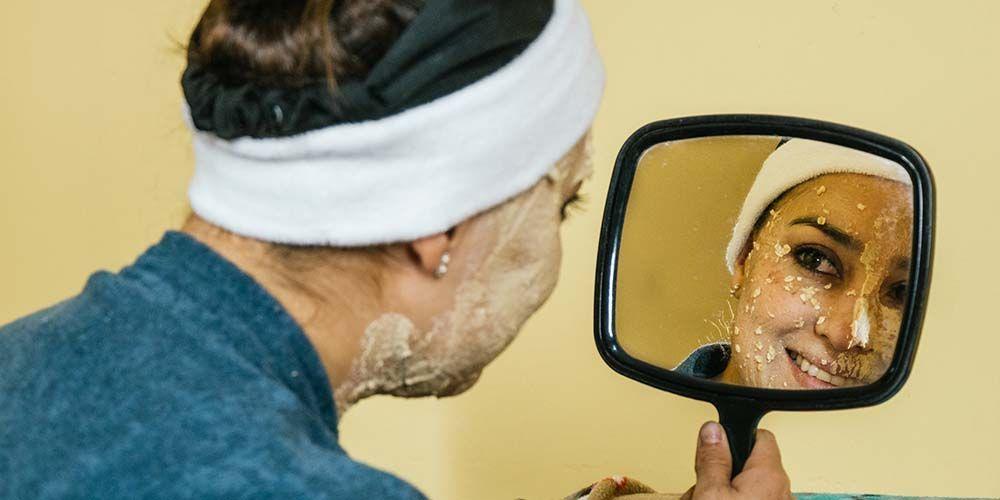 Manfaat pepaya untuk wajah adalah mencerahkan kulit wajah