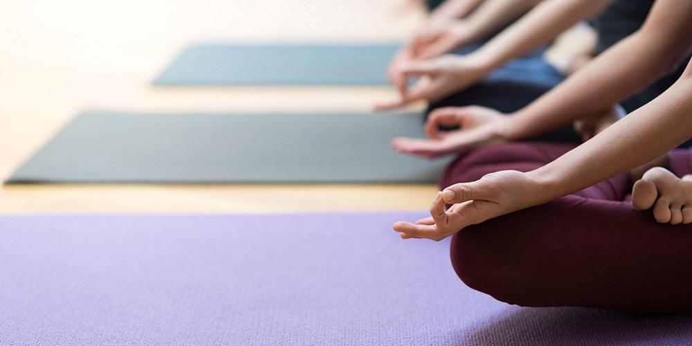 Yoga dan meditasi bisa bantu atasi kecanduan media sosial