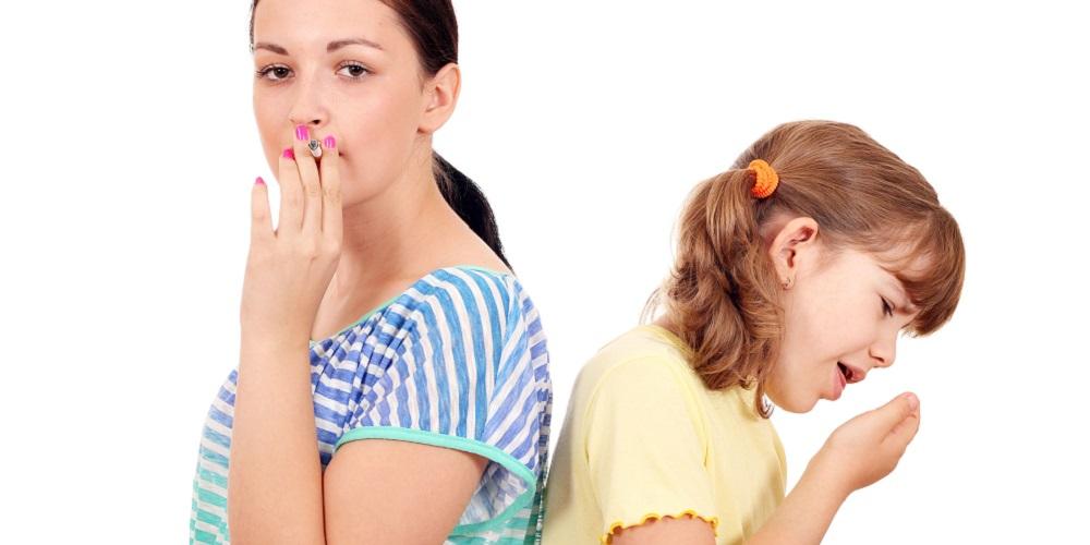 Paparan asap rokok bisa menjadi salah satu penyebab sakit tenggorokan