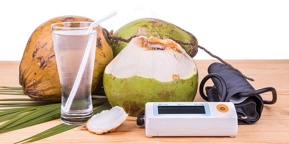 Air kelapa muda dapat turunkan tekanan darah