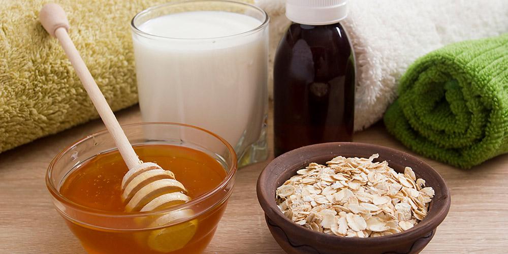 Gunakan masker rambut alami dari madu