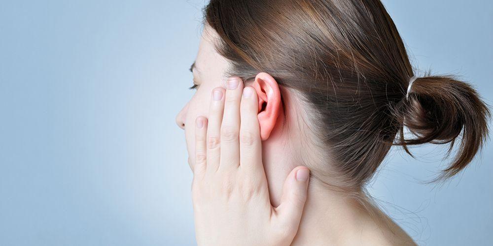sakit telinga