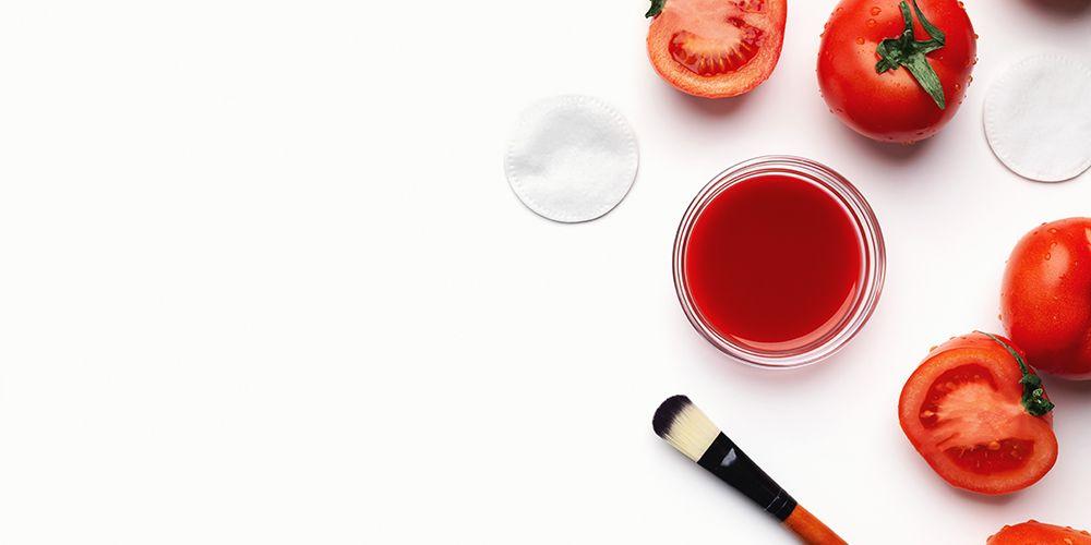 Cara menghilangkan minyak di wajah bisa dengan masker tomat