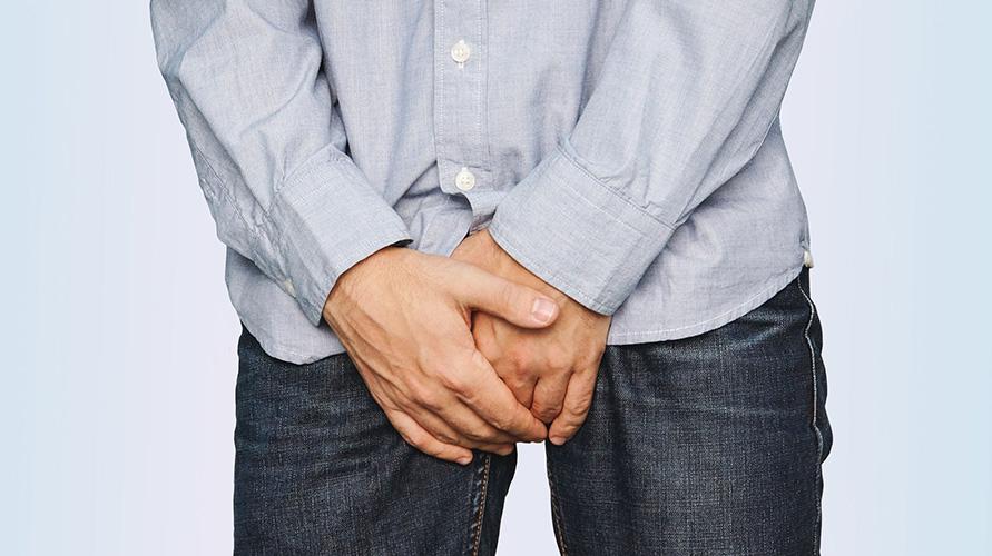 Posisi penis sebaiknya mengikuti arah normalnya