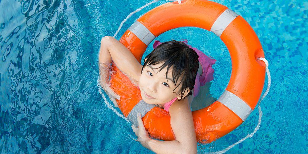 Olahraga untuk diet juga bisa dilakukan di kolam renang