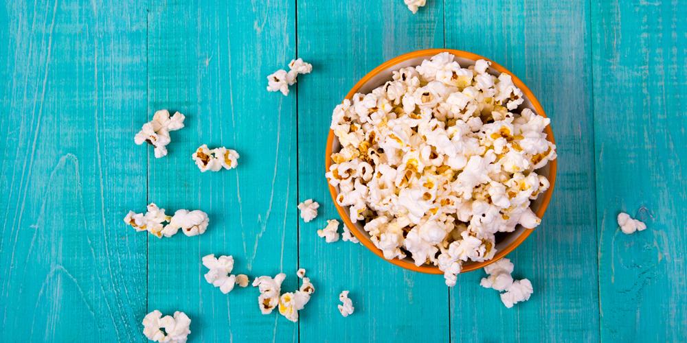 Popcorn kemasan dianggap sebagai makanan yang bikin Mr P susah bangun