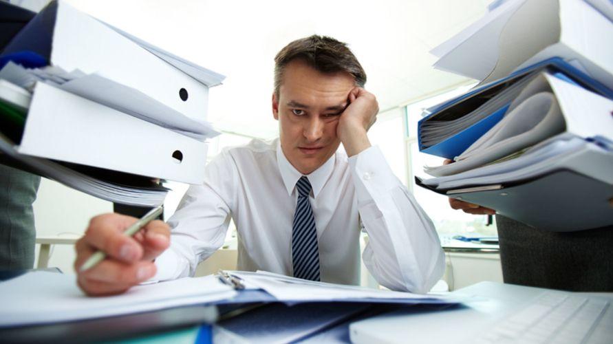 Capek kerja dapat disebabkan oleh stres