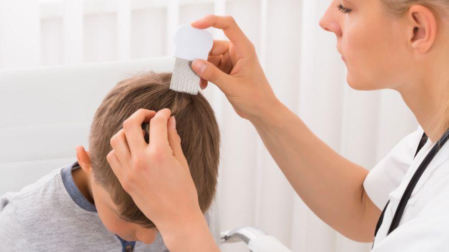 Rambut anak rontok bisa terjadi akibat kekurangan nutrisi