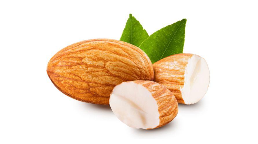 manfaat kacang almond untuk ibu hamil tak lepas dari kandungan zat besinya
