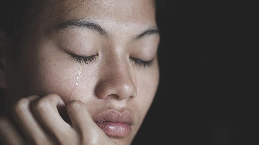 air mata saat menangis bermanfaat