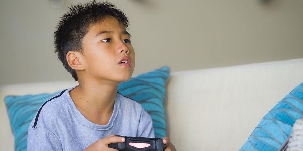 cara mengatasi kecanduan game online tidaklah mudah, namun harus dilakukan demi kesehatan