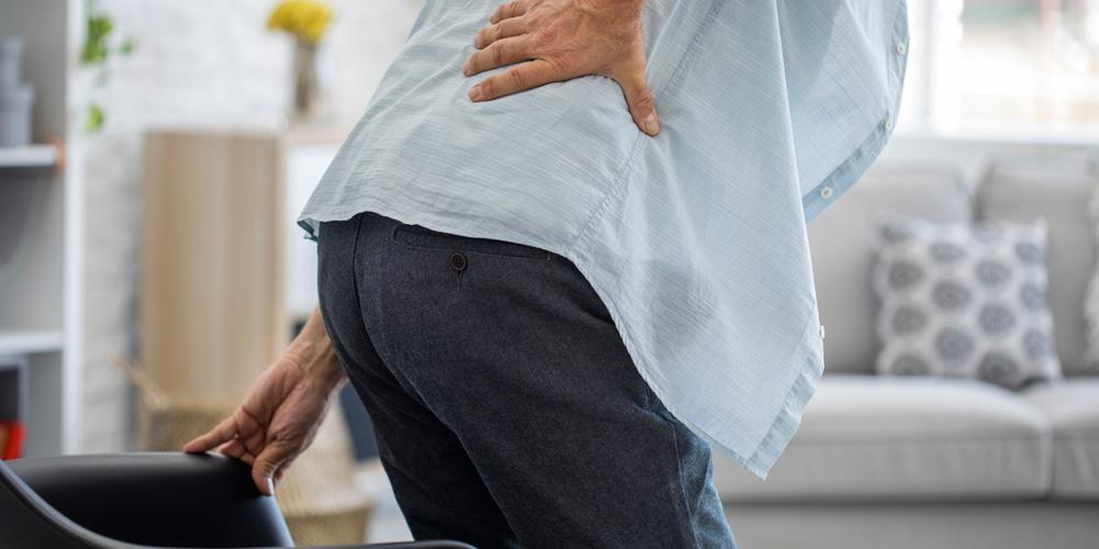 Batu ginjal dapat menyebabkan sakit pinggang belakang kanan
