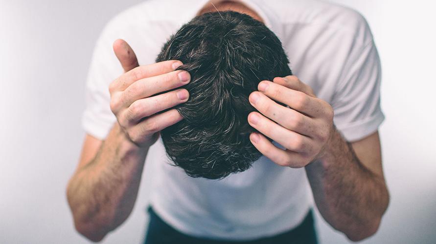 Ketombe Dan Kulit Kepala Kering Sekilas Mirip Simak Bedanya