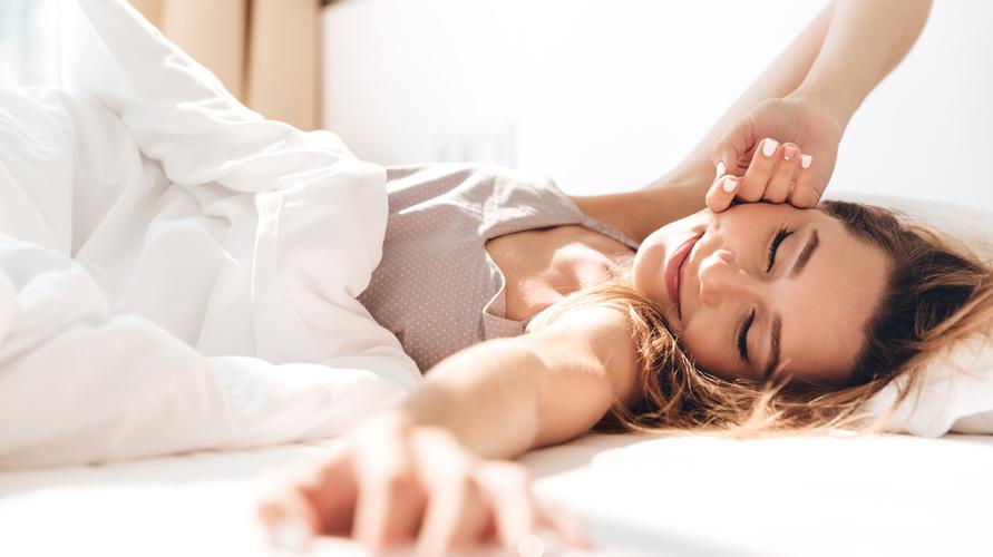 Bangun tidur di pagi hari sebelum minum air putih adalah waktu yang tepat untuk tes kehamilan