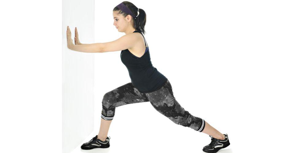 Achilles stretch gerakan peregangan kaki
