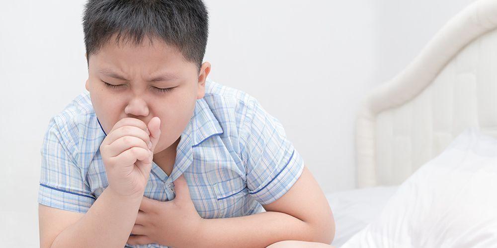 Anak juga bisa mengalami batuk sampai muntah