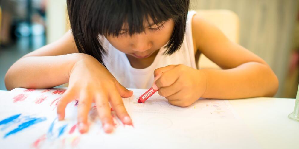 Anak dengan kecerdasan visual spasial senang aktivitas desain