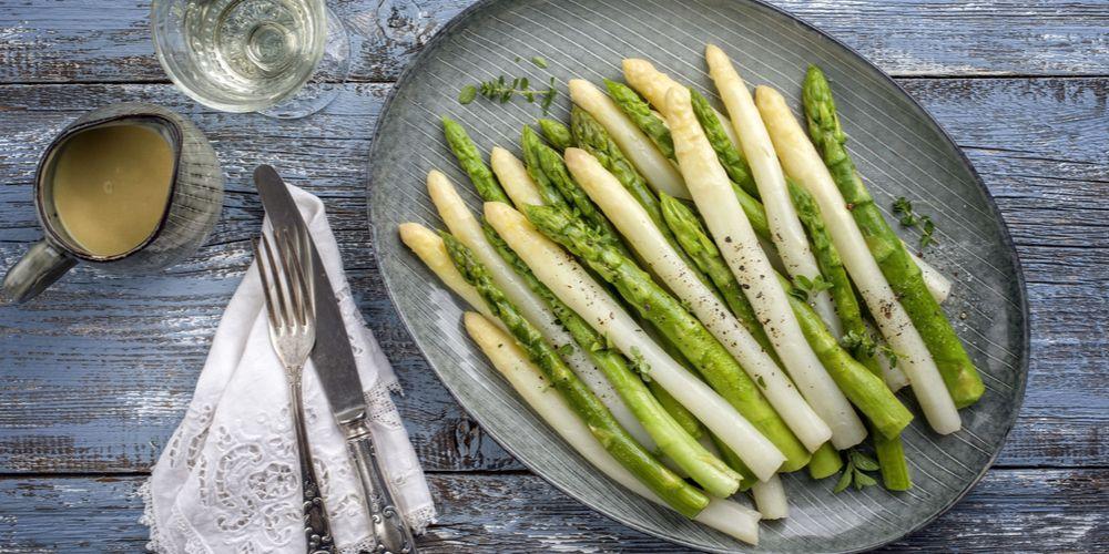 Asparagus kaya folat sehingga cocok sebagai sayuran penyubur kandungan