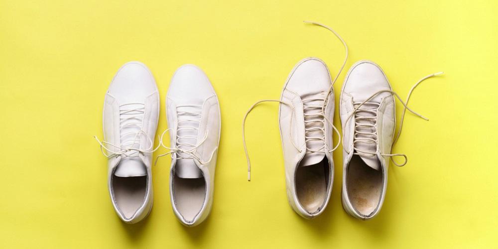 Sepatu yang kotor menyebabkan bau kaki