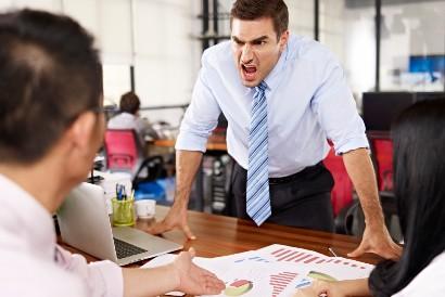 Orang yang bossy cenderung tidak mau mengakui kesalahan
