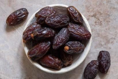 Buka puasa dengan kurma medjool amat diminati banyak orang di bulan Ramadan