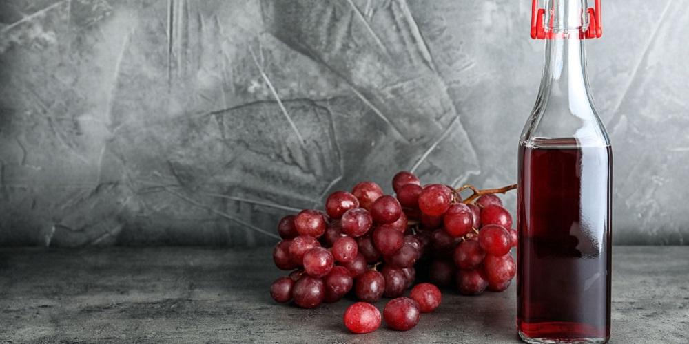 Red wine vinegar sering digunakan dalam masakan barat