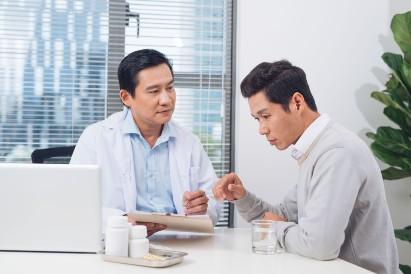 Pasien varikokel dengan dokter
