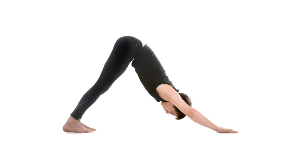 Gerakan yoga untuk meninggikan badan downward facing dogs