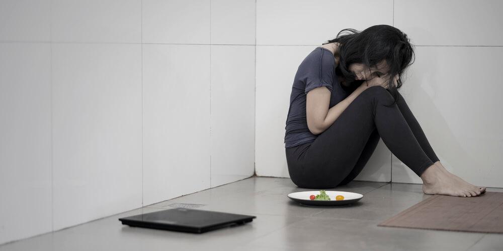 gangguan makan membuat seseorang memiliki berat badan di bawah ideal