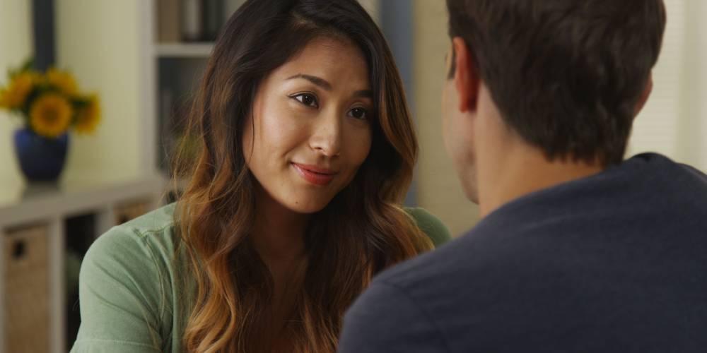 Tatapan mata bisa jadi bukti wanita sedang jatuh cinta