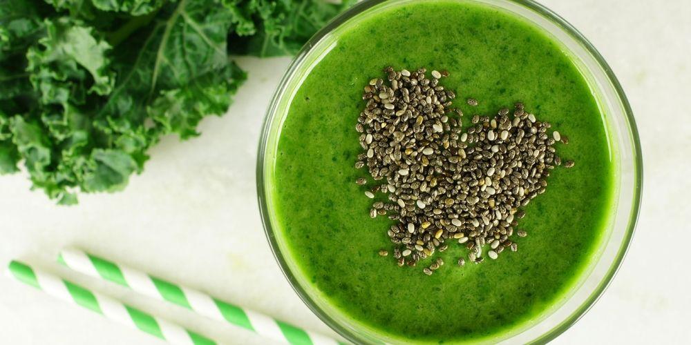 Mengonsumsi jus kale dapat bantu turunkan kolesterol