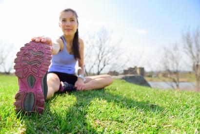 Cegah nyeri otot dengan melakukan stretching saat pendinginan