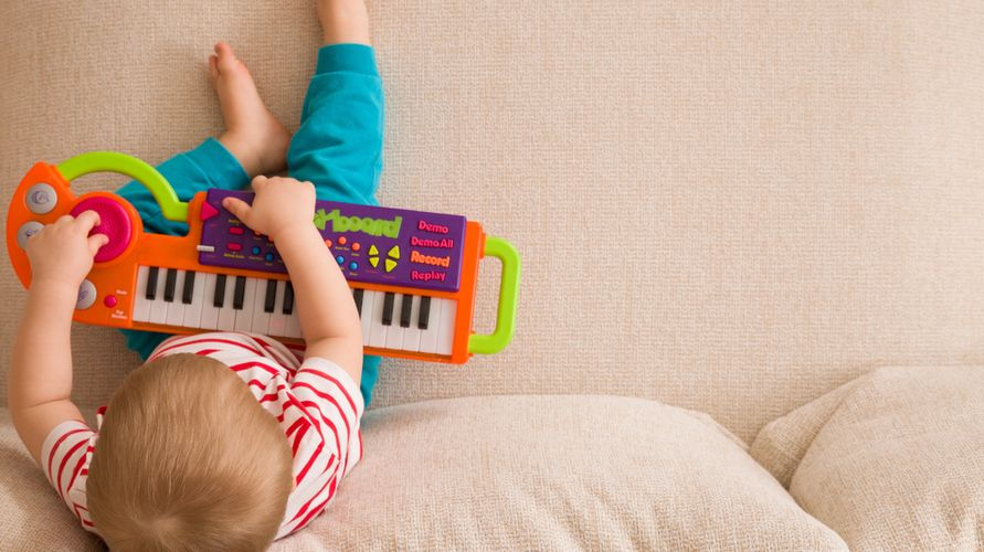 Mainan piano