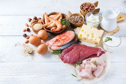 Makan setelah olahraga sebaiknya mengonsumsi protein