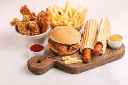 Makanan cepat saji pantangan ambeien