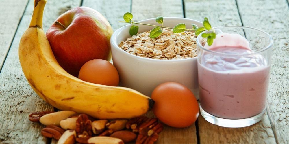 Smoothies mampu menambah kalori ibu agar mempercepat kenaikan berat badan ibu hamil