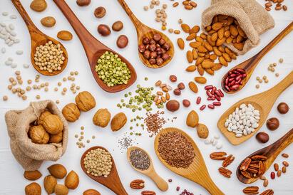 Kacang-kacangan mengandung selenium yang dapat mempercepat penyembuhan TBC