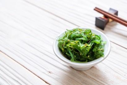 Wakame merupakan makanan yang mengandung yodium