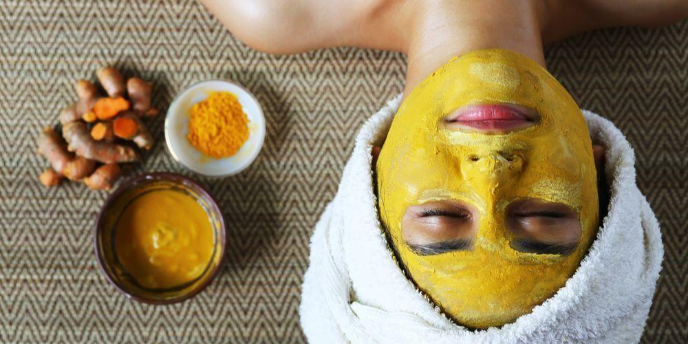 Manfaat kunyit untuk wajah bisa dijadikan sebagai masker alami