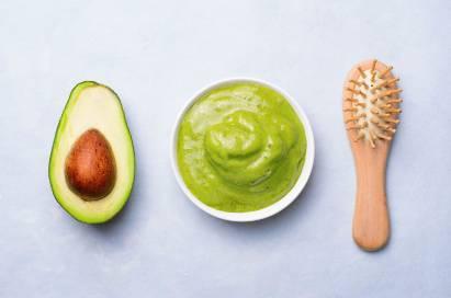 Cara buat masker alpukat sebaiknya dari buah yang matang