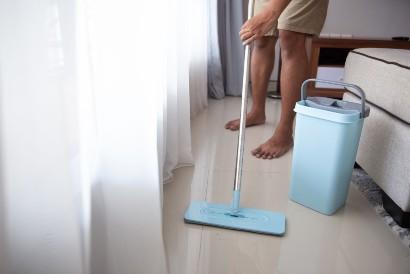 Penderita Sindrom Peter Pan akan sangat kesal saat diminta membersihkan rumah