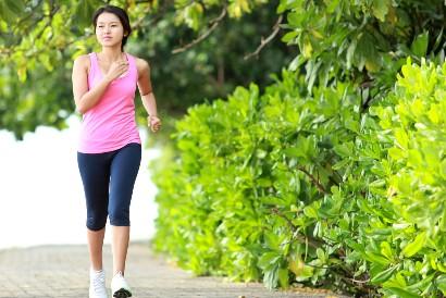 Menjaga daya tahan tubuh bisa dilakukan dengan rutin berolahraga