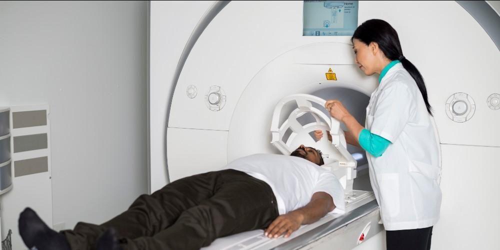Perbedaan MRI dan CT scan terletak di alat yang digunakan