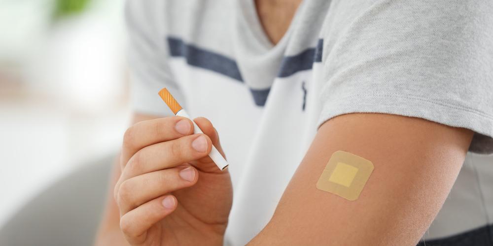 Penggunana nikotin patch salah satu NRT untuk berhenti merokok