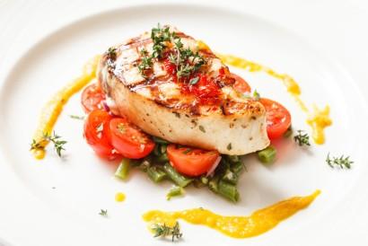 Salah satu nutrisi otak untuk penderita stroke bisa didapatkan dari ikan berlemak