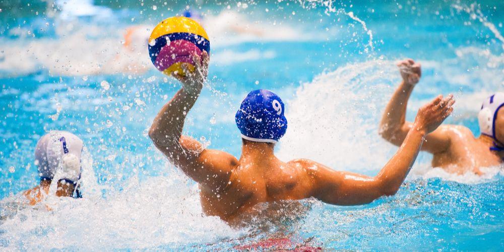 Polo air salah satu olahraga air yang menyehatkan